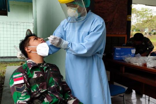 Prajurit TNI di Boven Digoel gelar tes PCR cegah COVID-19