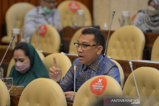 DPR pertanyakan pembabatan hutan lindung di Manggarai Barat