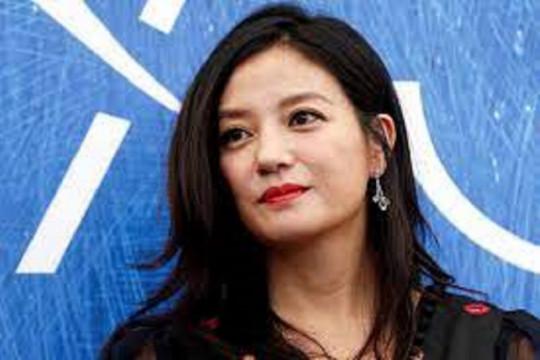 Nama aktris miliarder China Zhao Wei hilang dari peredaran