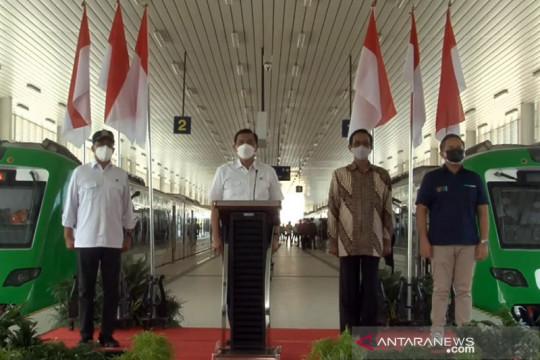 Menko Luhut resmikan operasional KA Bandara YIA senilai Rp1,1 triliun