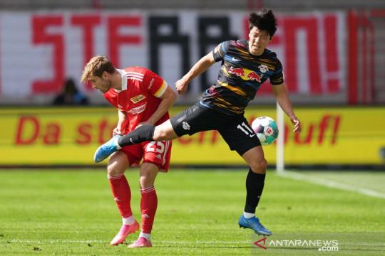 Wolverhampton selangkah lagi dapatkan Hwang Hee-chan dari Leipzig
