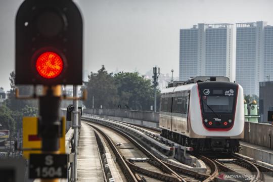 Operasional LRT Jakarta rute Velodrome-Pegangsaan Dua selama PPKM