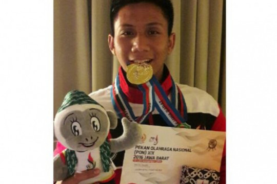 Atlet anggar Kalbar Oktavianus targetkan medali emas di PON XX Papua