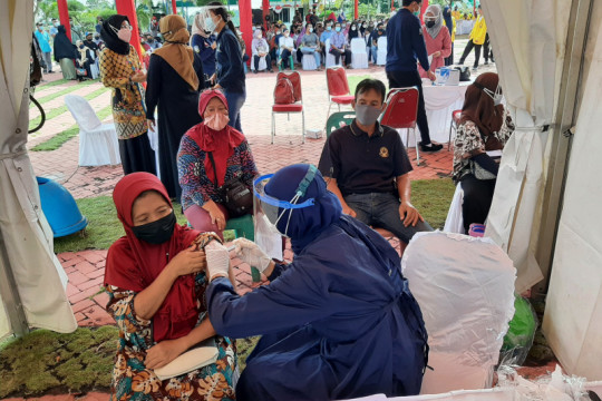 Capaian vaksinasi Provinsi Kepri tertinggi setelah Jakarta dan Bali