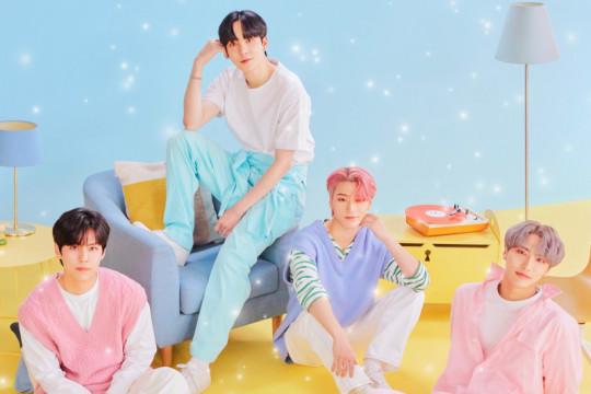 Grup K-pop fiksi Sparkling puncaki tangga musik Korea