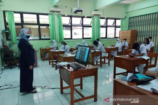 PTM Jakarta, siswa SMAN 77 Jakarta wajib bawa surat izin orang tua