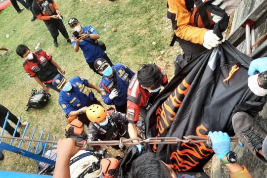 Tim SAR temukan jasad tenggelam di Kali Ciliwung Jakarta Barat