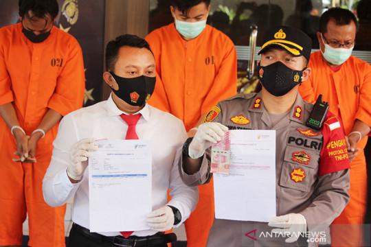 Polres Karangasem bekuk 22 oknum pembuat-pengguna surat vaksin palsu