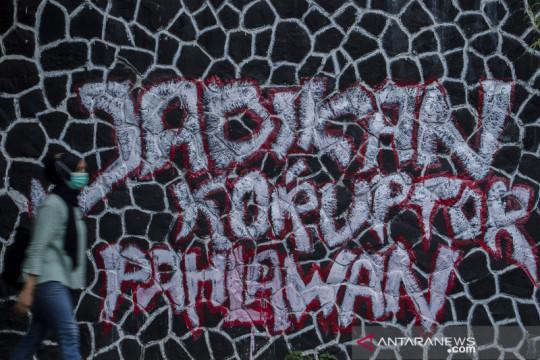 Mural kritik untuk KPK