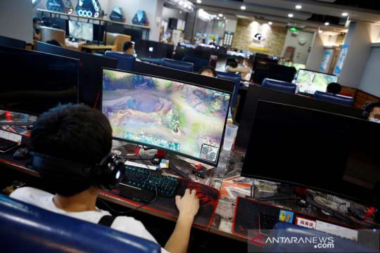 Tegas! China batasi anak-anak bermain game online