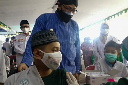 Ratusan santri dan kyai ponpes di Yogyakarta jalani vaksinasi