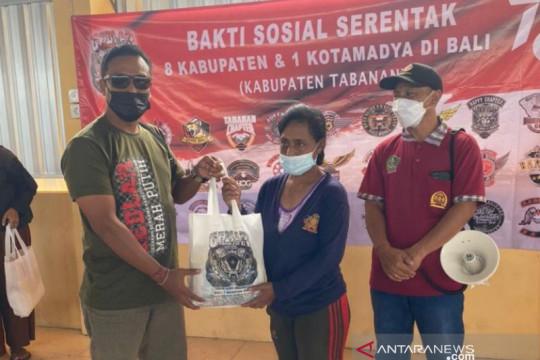 Motor Besar Indonesia Bali bagikan sembako untuk bantu masyarakat