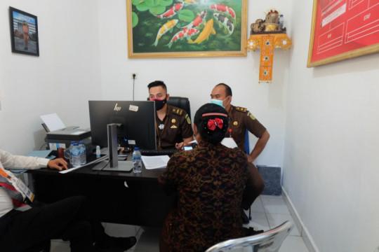 Kejari periksa mantan Bupati Karangasem terkait dugaan korupsi masker