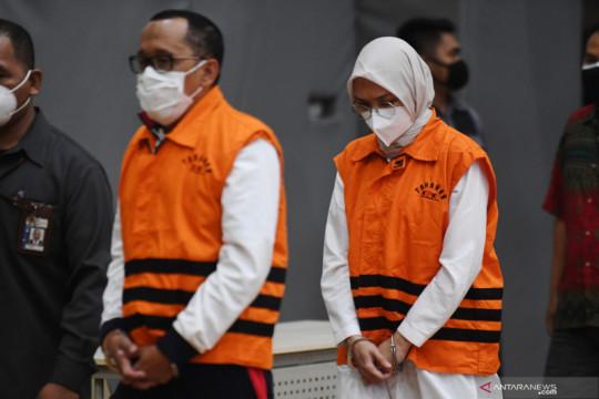 KPK tahan Bupati Probolinggo atas kasus dugaan suap