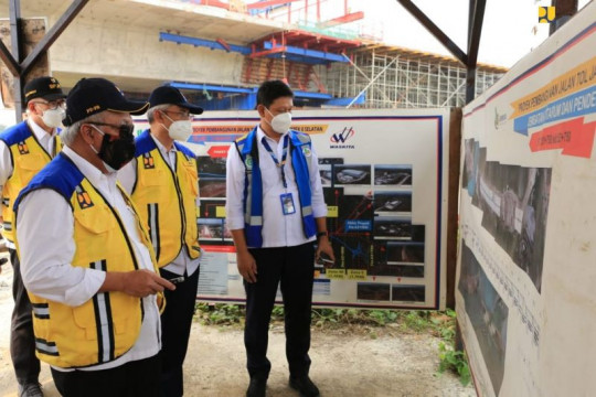 Menteri PUPR instruksikan penyelesaian Tol Japek II Selatan bertahap