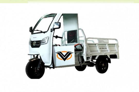 Volta teken kontrak 77 motor listrik roda tiga dengan PLN