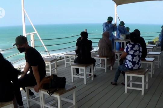 Ketika vaksinasi dan promosi wisata berkolaborasi