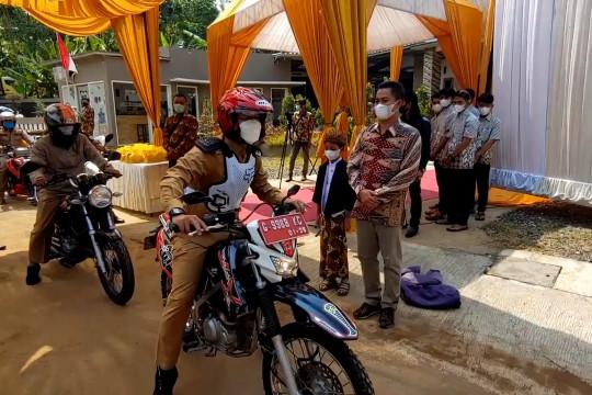 Hajatan lantatur di Batang Jawa Tengah