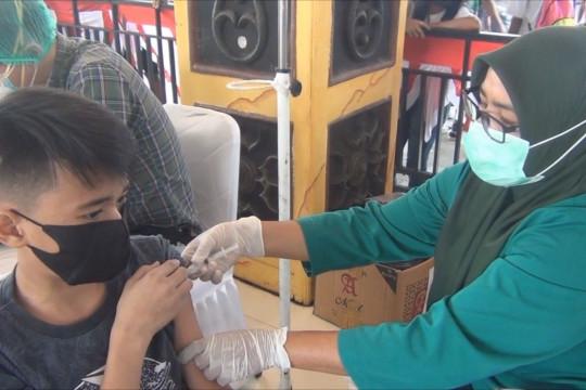 Pemkot Ambon gelar vaksinasi massal bagi anak 12 tahun