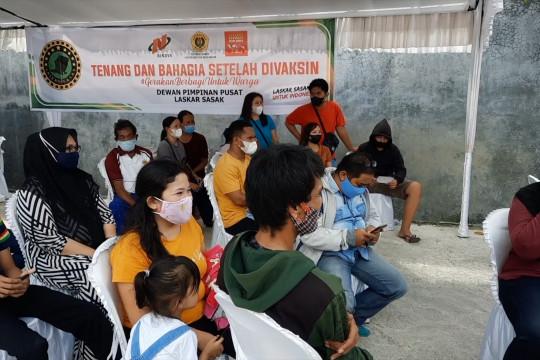 Ormas adat Laskar Sasak sosialisasi vaksinasi hingga ke pelosok