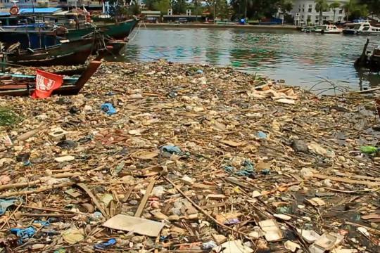 Pemprov Sumbar minta kepala daerah naikkan anggaran sampah
