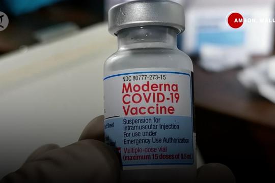 Vaksinasi bagi ODGJ Madiun, ibu hamil Ambon, dan nakes Pandeglang