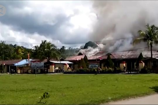 Mapolsek Nimboran dibakar, Kapolda Papua upayakan mediasi budaya