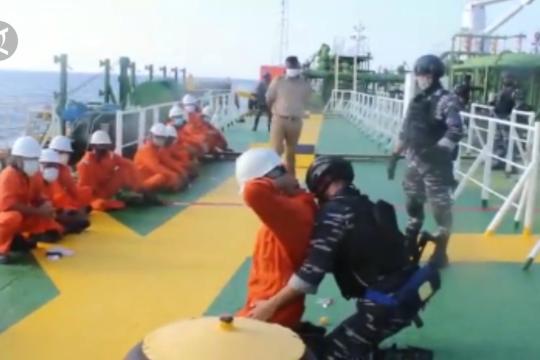 TNI AL tangkap kapal tanker buronan Pemerintah Kamboja
