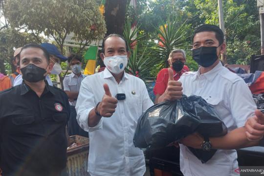 BNN salurkan 1.000 sembako untuk warga di Utan Kayu Selatan