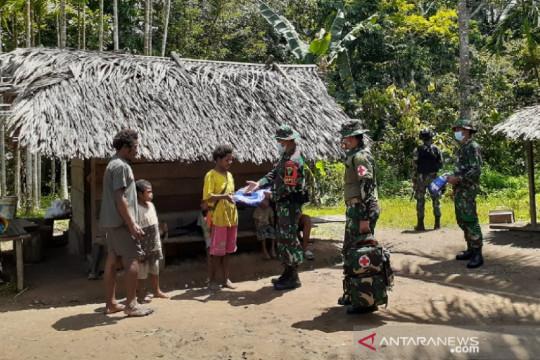 Satgas TNI bagikan kelambu cegah malaria untuk warga perbatasan RI-PNG