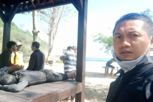 Dua nelayan hilang usai perahu pecah dihempas ombak Pantai Tulungagung