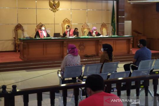 Saksi sebut Bupati Bandung Barat terima puluhan juta dari pejabat KBB