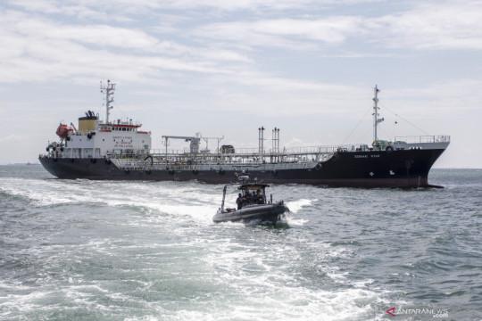 TNI AL tangkap kapal tanker berbendera Panama di Batam