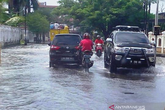 Sejumlah kawasan di Kota Palembang terendam banjir setelah hujan lebat
