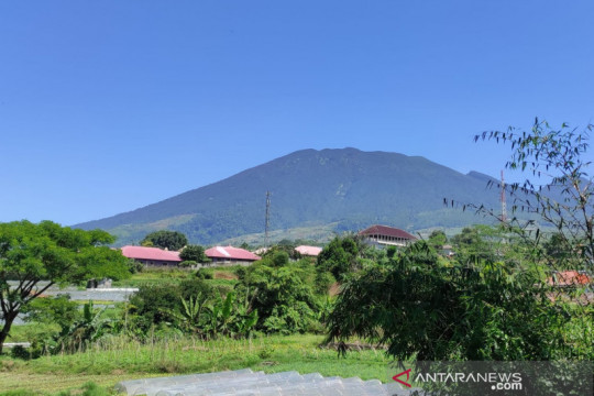 Pendakian Gede-Pangrango kembali dibuka setelah PPKM level 2