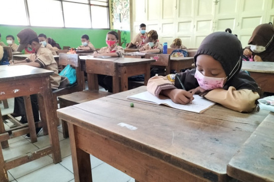 226 sekolah di Jakarta Barat ajukan asesmen untuk PTM tahap 2