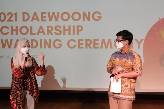Daewoong Foundation berikan beasiswa kepada 55 mahasiswa berprestasi