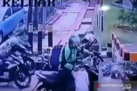 Polisi selidiki dugaan pencurian paket di gedung perkantoran
