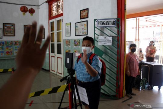 Epidemiolog minta pemerintah gencarkan edukasi prokes jadi gaya hidup
