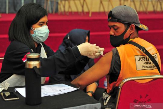 Vaksinasi Merdeka di Jambi