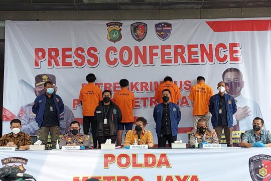 Polisi tangkap penjual sertifikat palsu vaksinasi COVID-19