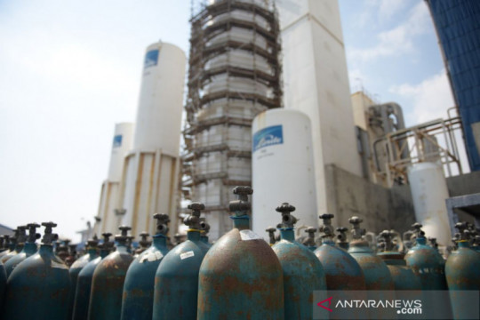 Kemenko: Bantuan oksigen dari industri kini dipasok ke luar Jawa-Bali