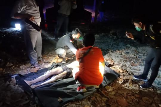 SAR temukan nelayan NTB korban perahu pecah meninggal di Tulungagung