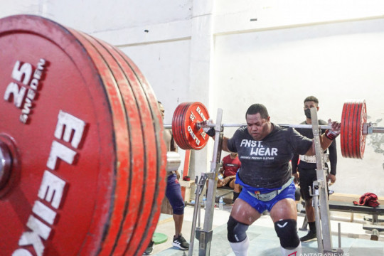 Angkat berat Papua targetkan dua medali emas