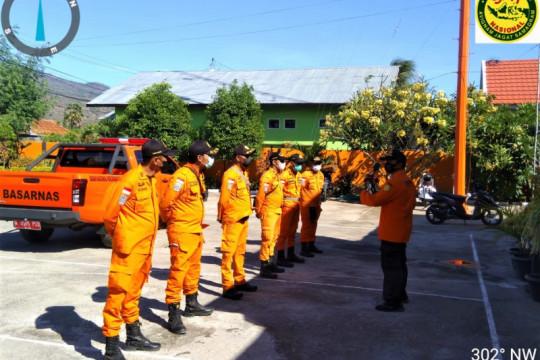 Tim Rescue Basarnas Maumere bantu cari korban bencana Ngada