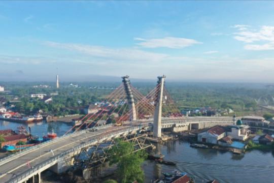 WIKA rampungkan jembatan cable stayed melengkung pertama di Indonesia