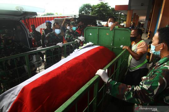 Jenazah prajurit TNI korban KST tiba di Kalbar