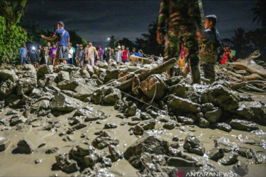Warga terdampak banjir di Sigi diimbau waspada ancaman bencana susulan