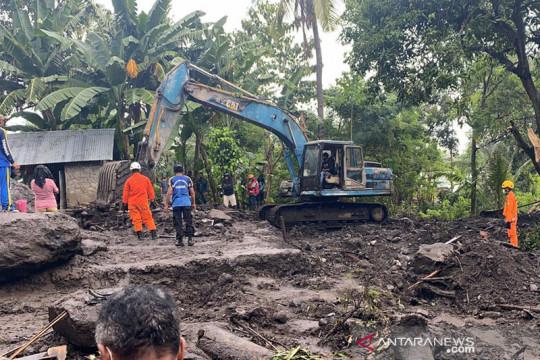 Maksimalkan dua tim, SAR gabungan masih cari korban banjir Ngada
