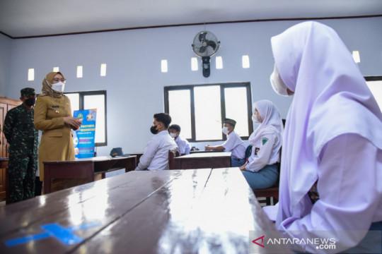 Ratusan sekolah di Purwakarta-Jabar mulai gelar PTM terbatas